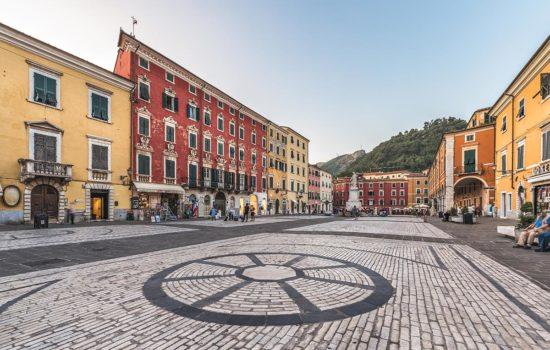 White Carrara Downtown 2020